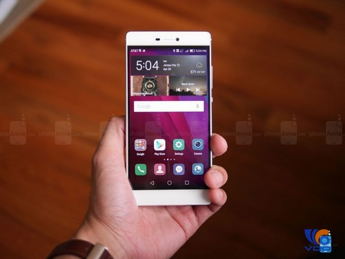 can-canh-dap-hop-smartphone-huawei-p8-mong-hon-ca-iphone-6-1