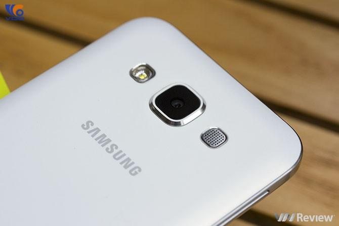 review-va-danh-gia-nhanh-samsung-galaxy-e5-9