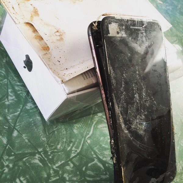 iPhone 7 bị phát nổ ngay trong vỏ hộp đựng